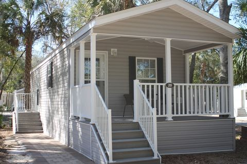 Photo of 237 S Rock Crusher Rd, Crystal River, FL 34429