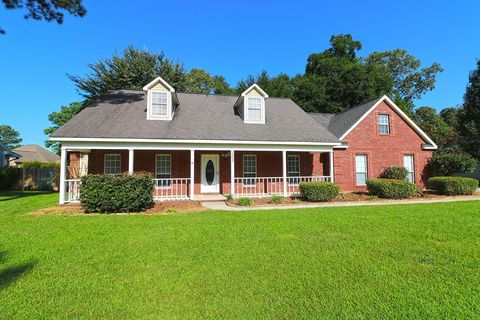 Photo of 202 Bay Laurel Cir, Warner Robins, GA 31088
