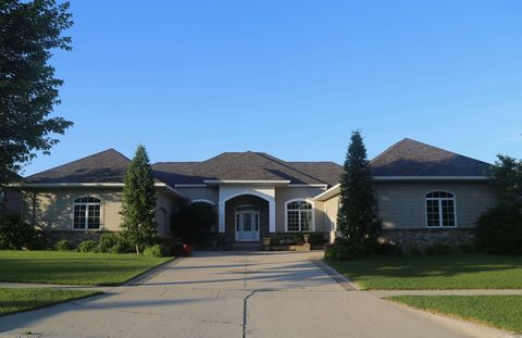 Photo of 3316 Foxley Dr, Ames, IA 50010