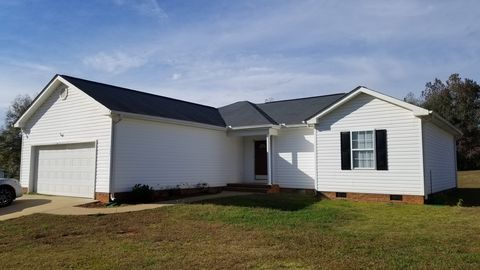Photo of 164 Tullyton Dr, Fountain Inn, SC 29644