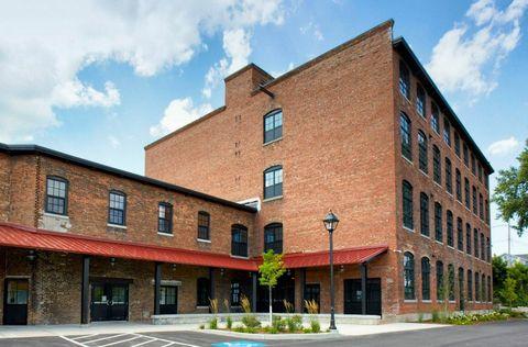 Photo of 317 W First St, Oswego, NY 13126