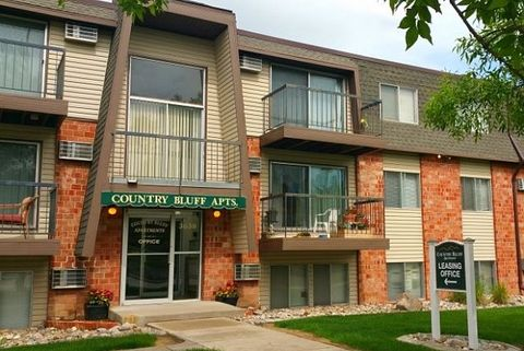 3638 5th St, Rapid City, SD 57701. Apartment For Rent
