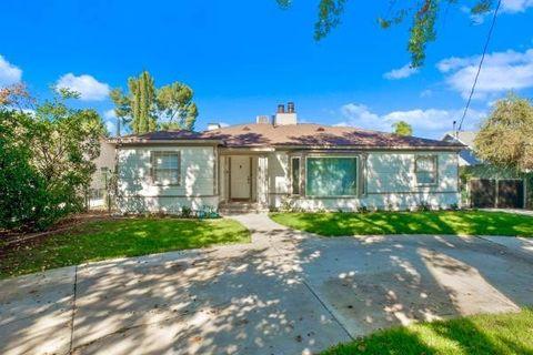 Photo of 23017 Sylvan St, Woodland Hills, CA 91367