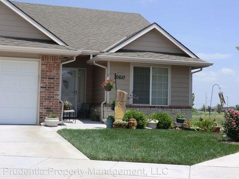 10610 W Hearth Stone Cir, Wichita, KS 67101