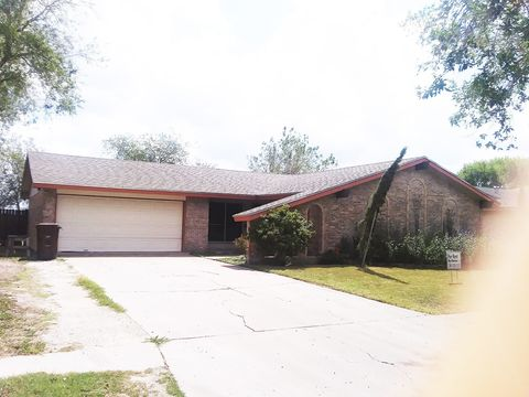 Photo of 824 S 24th St, Kingsville, TX 78363