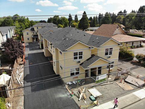 Photo of 1023 Coburg Rd, Eugene, OR 97401