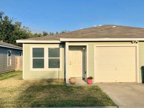 Photo of 1210 Chaparral St, Fulton, TX 78358