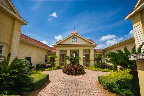 2350 Phillips Rd, Tallahassee, FL 32308