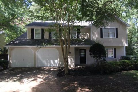 Photo of 4925 Cold Springs Dr Nw, Lilburn, GA 30047