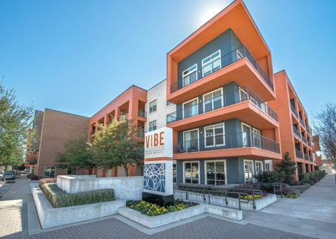 Photo of 2140 Medical District Dr, Dallas, TX 75235