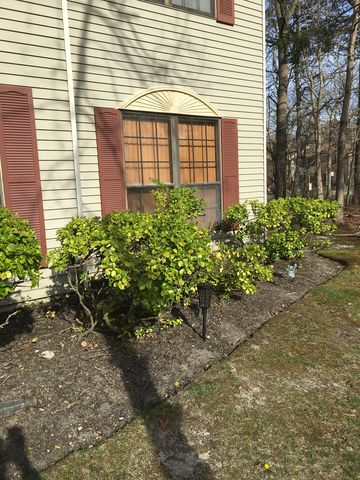 Photo of 3 Sussex Pl, Galloway, NJ 08205