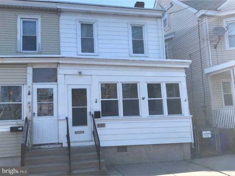Photo of 439 Bergen St, Gloucester City, NJ 08030