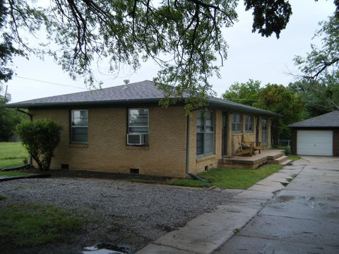 Photo of 3048 S Oliver St, Wichita, KS 67210