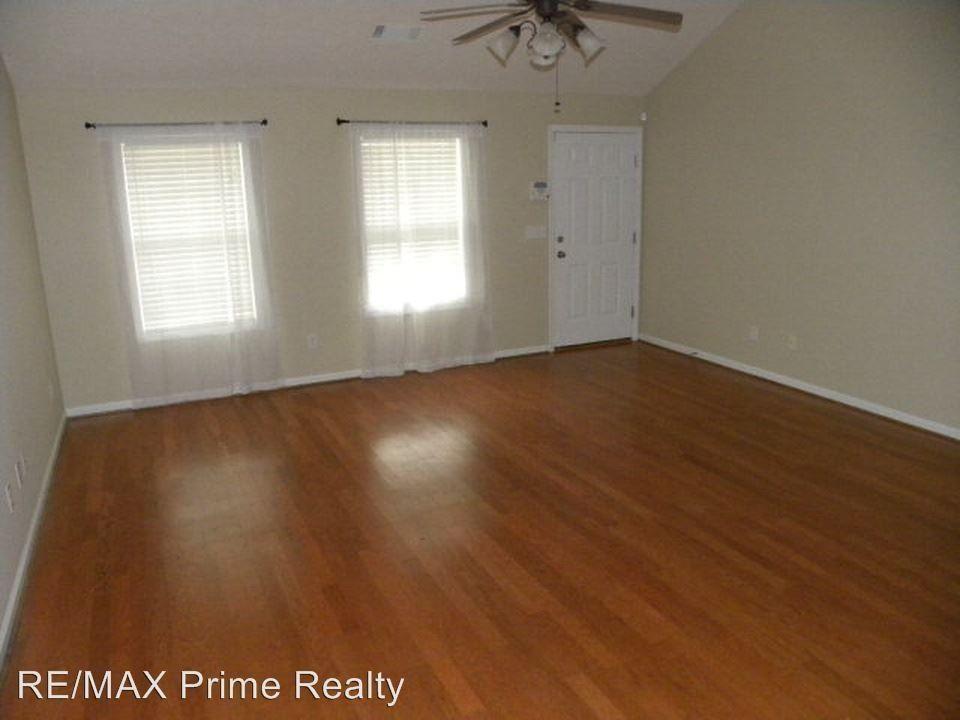 20 Ryan Loop, Phenix City, AL 36869