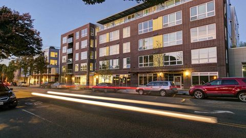 Photo of 3220 California Ave Sw, Seattle, WA 98116