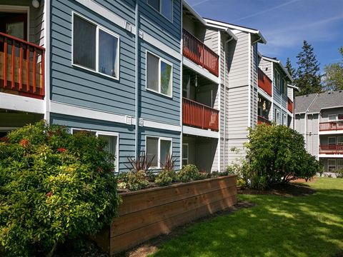 Photo of 10303 Se Bell Ave, Milwaukie, OR 97222