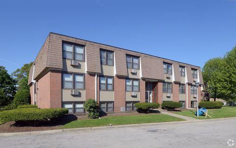 Photo of 325-333 Prospect St, Pawtucket, RI 02860