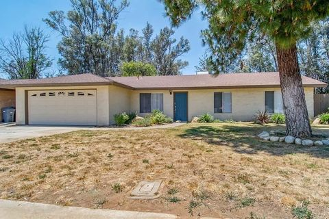 Photo of 1373 San Miguel Dr, Beaumont, CA 92223