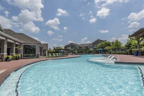 Photo of 12400 Shadow Creek Pkwy, Pearland, TX 77584