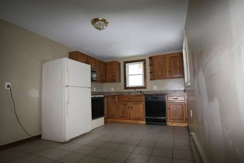 Photo of 3 Carey Ln # 1, Waterville, ME 04901