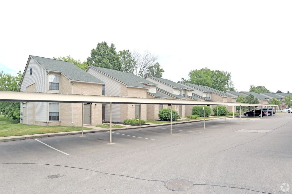35700 Moravian Dr, Clinton Township, MI 48035 - realtor.com®