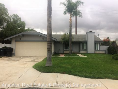 22605 Lark St, Grand Terrace, CA 92313