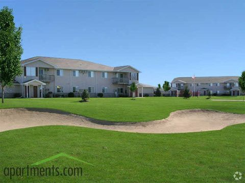 290 Whispering Springs Dr, Fond Du Lac, WI 54937