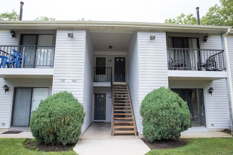 141 Liberty Ct, Absecon, NJ 08205