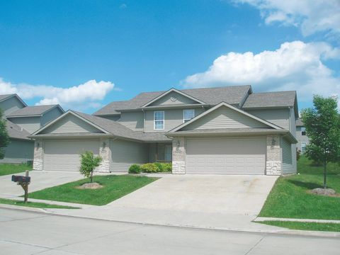 Photo of 4008-4012 Snowy Owl Dr, Columbia, MO 65202