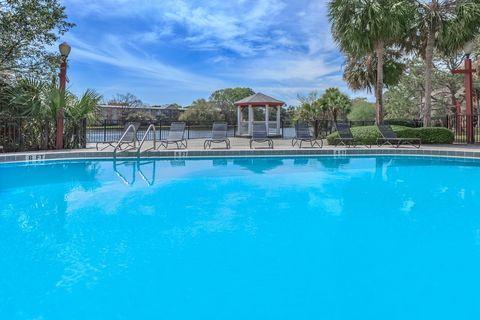 Photo of 2681 University Blvd N, Jacksonville, FL 32211