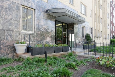 Photo of 1610 Park Rd Nw, Washington, DC 20010