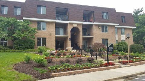 Photo of 3347 Willow Crescent Dr, Fairfax, VA 22030