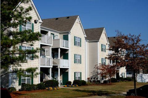 3245 Meadows Way, Chesapeake, VA 23321