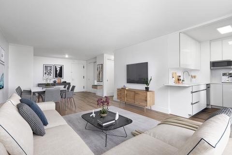 315 W 57th St, New York, NY 10019