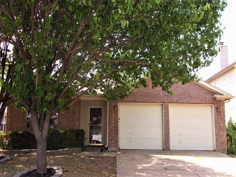 Photo of 8505 Horse Whisper Ln, Fort Worth, TX 76131