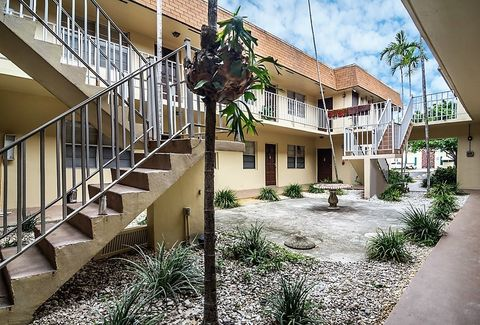 Photo of 2843 Fillmore St, Hollywood, FL 33020