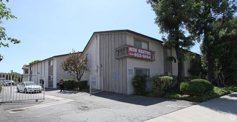 Photo of 9220 Telegraph Rd, Downey, CA 90240
