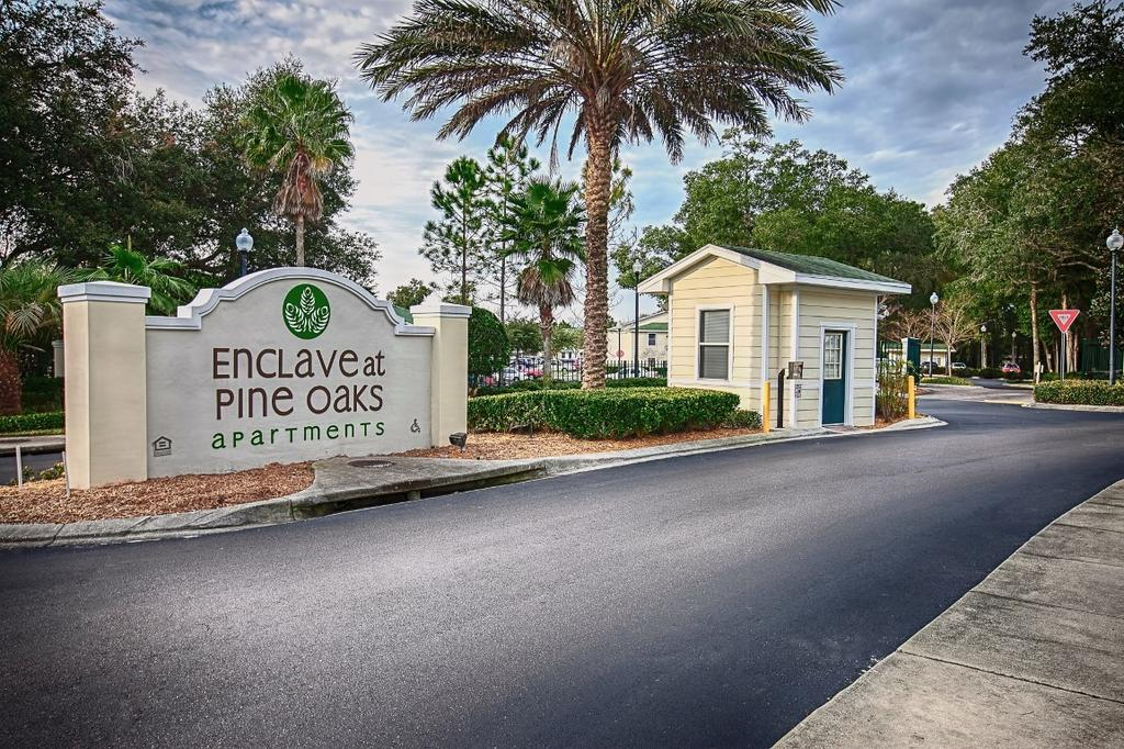 Enclave at Pine Oaks Apartments