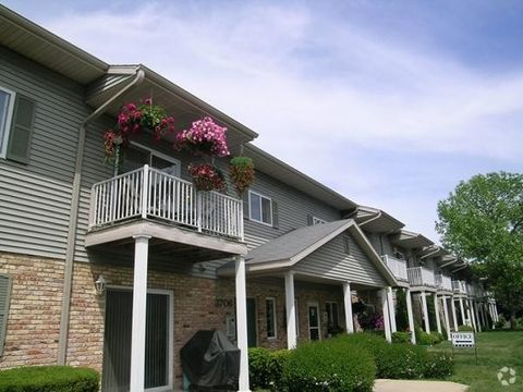 Photo of 3706 Douglas Ave, Racine, WI 53402