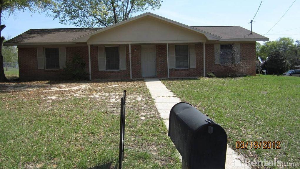 299 Green Village Rd, Ozark, AL 36360