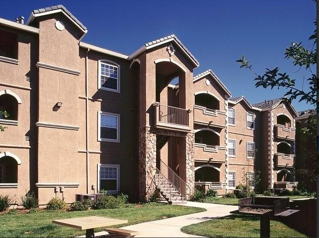 North Pointe Apartments