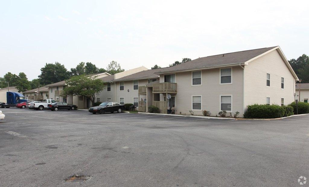 240 Flint River Rd, Jonesboro, GA 30238