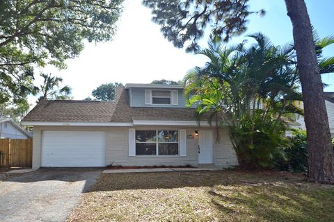 12720 83rd Ave, Seminole, FL 33776