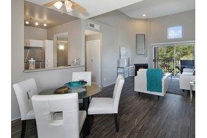 Luxury Apartments For Rent in Santa Clarita CA - Move.com Luxury ...