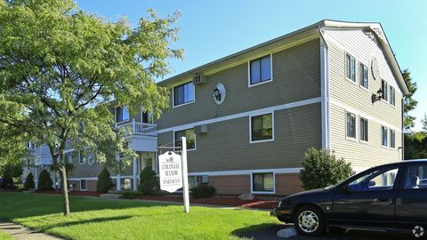 Photo of 35140 Mildred St, North Ridgeville, OH 44039