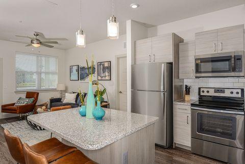 3100 Domain Cir, Kissimmee, FL 34747. Apartment For Rent