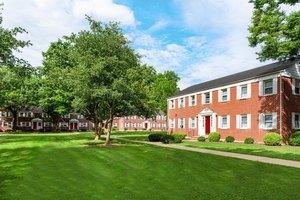 Bloomfield NJ Pet-Friendly Apartments for Rent - Move.com Rentals