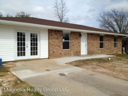 118 Clarence Ave, New Llano, LA 71461