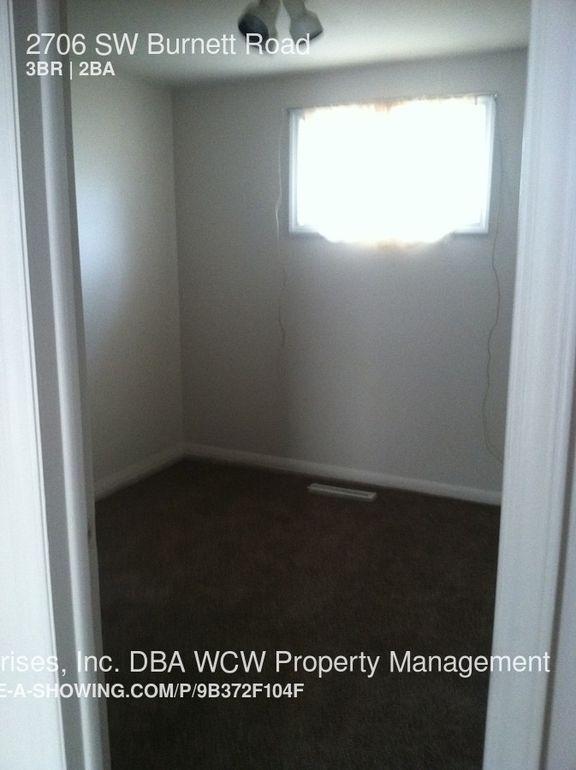 2706 Sw Burnett Rd Topeka Ks 66614 Realtor Com 174