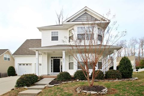 Photo of 2621 Winding River Dr, Charlotte, NC 28214